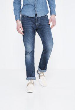 ג'ינס רגל ישרה 5 כיסים