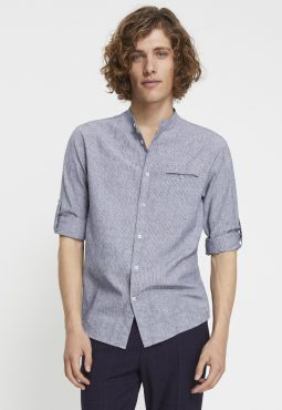חולצה מכופתרת צווארון סיני בגזרת regular