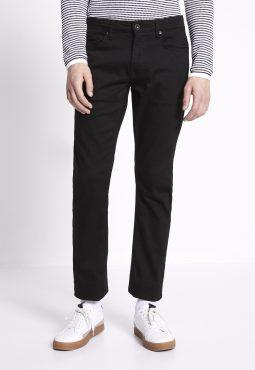 ג'ינס שחור בגזרה ישרה C15