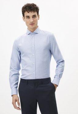 חולצה מכופתרת בגזרה צרה צווארון איטלקי 100% כותנה