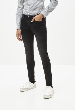 ג'ינס סקיני שחור C45