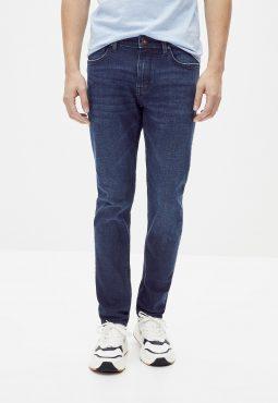 ג'ינס בגזרה slim C25