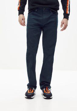 ג'ינס גזרה ישרה C5
