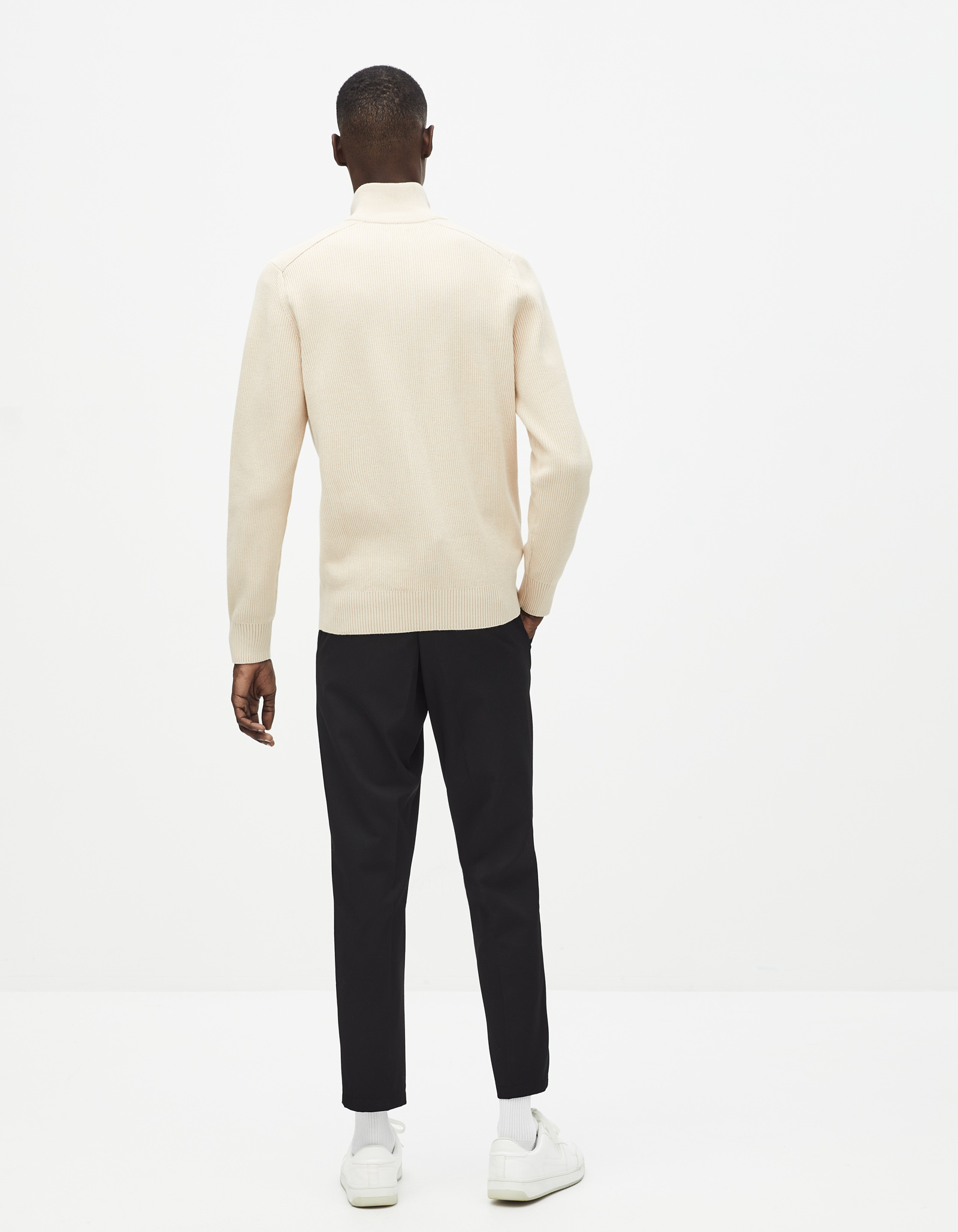 SETRUCK_OFFWHITE_4